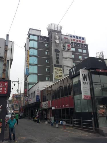 New Boolim Tourist Hotel