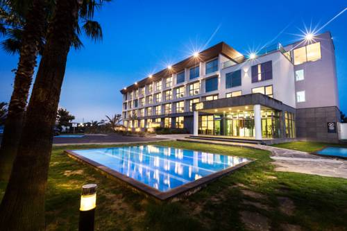 Amoureux Resort
