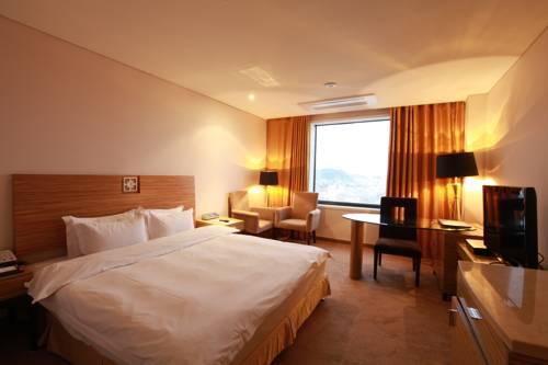 Philos Hotel