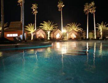 Luston Poolvilla & Hotel
