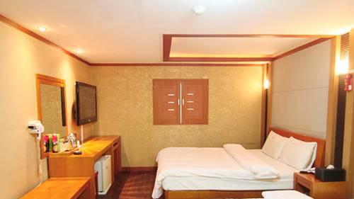 Major Hotel